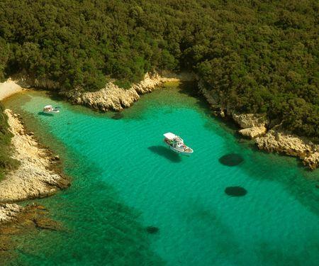 Mit Taxibooten zum Traumstrand